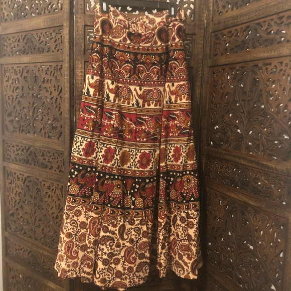 Dresses & Skirts - Bohemian 🐘 tapestry maxi wrap skirt